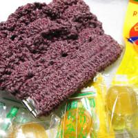 かぎ編みでフリルなパックンポーチ
