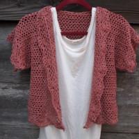 ネット編み模様のかぎ編みボレロ
